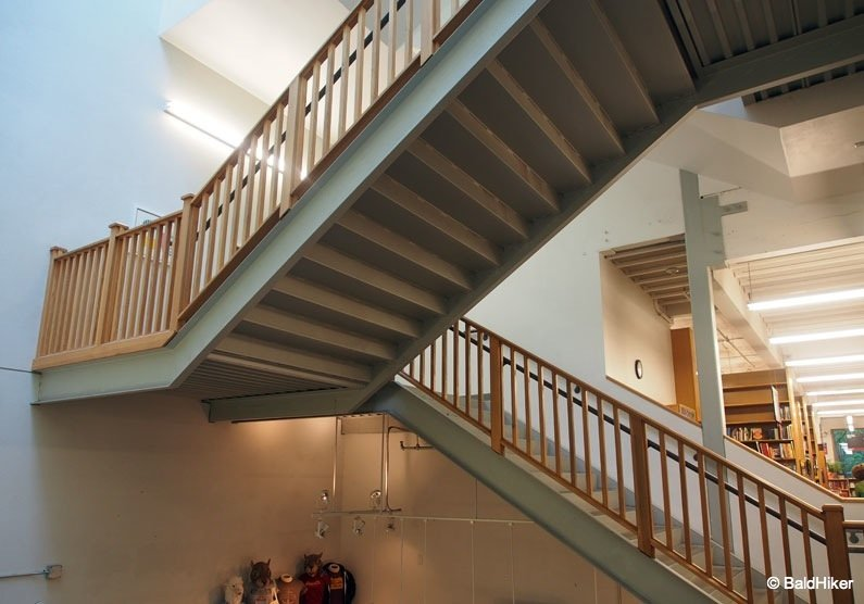 P5232086 Portland – Powell's City of Books