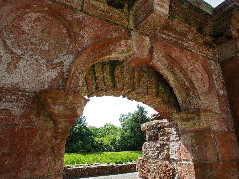 P62204181 Caerlaverock Castle – Scotland's fascinating medieval fortress