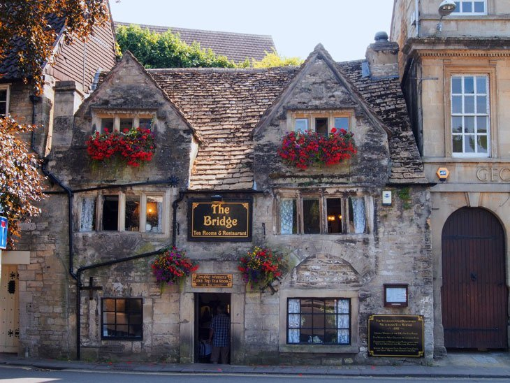 Wiltshire - Bradford-on-Avon, stroll through the ages