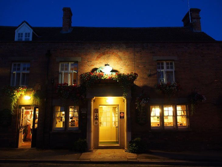 Wiltshire - Unwind at The Green Dragon