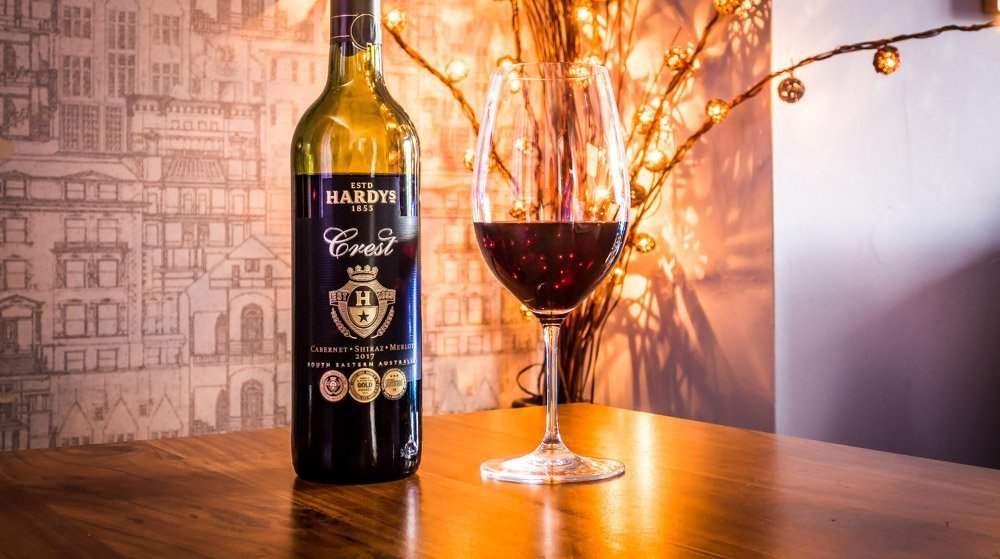 Hardys Crest Cabernet Shiraz Merlot 2017 1