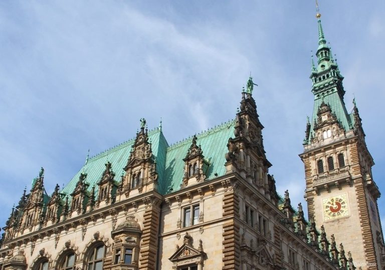 History and views from the Altstadt in Hamburg