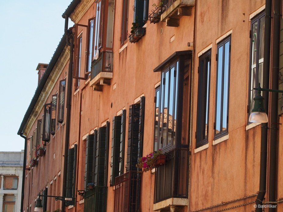 P9190077_venice_streets Street scenes of Giudecca, Venice