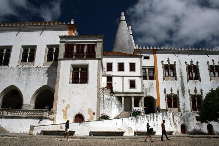 Palacio Nacional in Sintra Portugal: Sintra   A Fairy Tale Escape