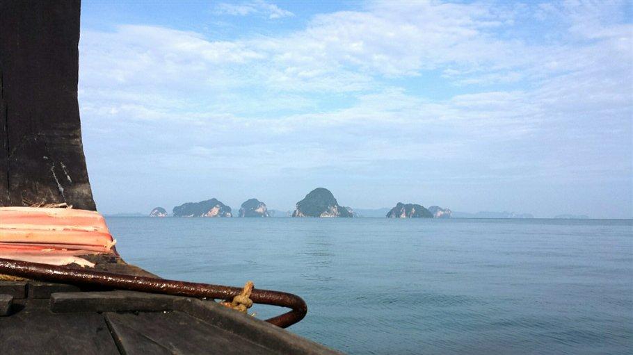 Pic 9 Sarah Rees Islands Thailand- lagoon