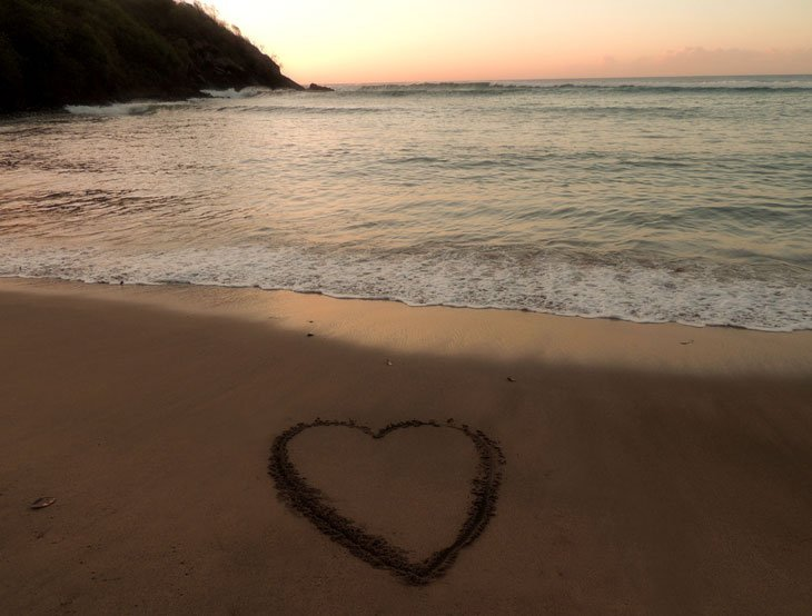 Sarah-Rees-sand-heart Starlight and Birdsong – A Perfect Day in St Lucia