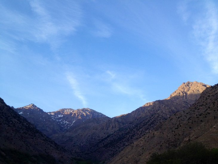Good morning :) The sun greets the summit. Time to head to base camp Mt Toubkal #ExodusTrek