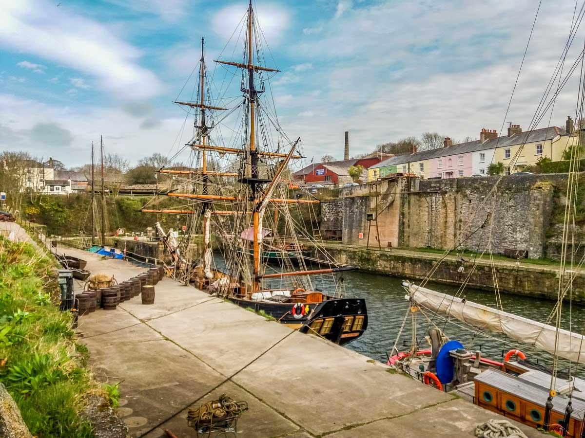 Tall-Ships Cornwall – Walking the Coastal Path to Charlestown