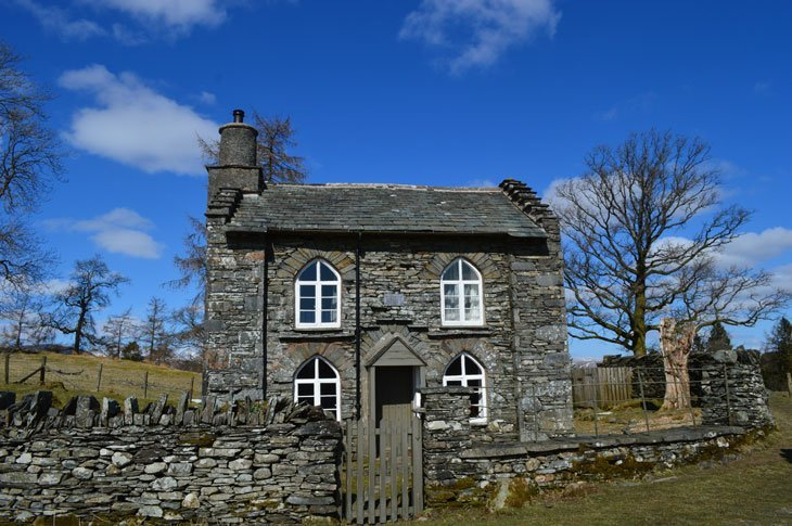 Tarn Hows Rose castle cottage