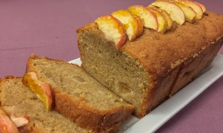 Scrumptious Apple and Cinnamon Loaf Cake