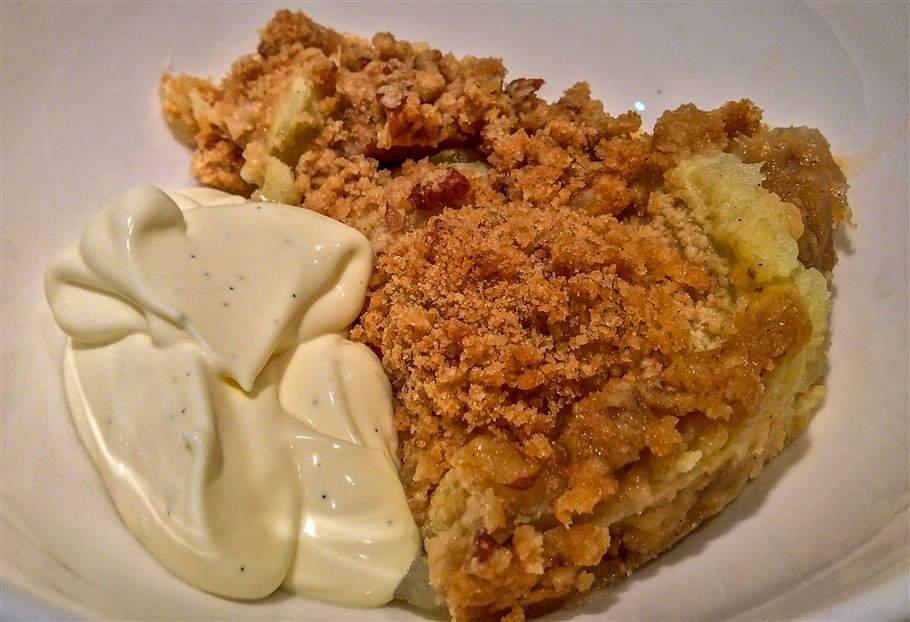 Pecan & Prosecco Apple Crumble