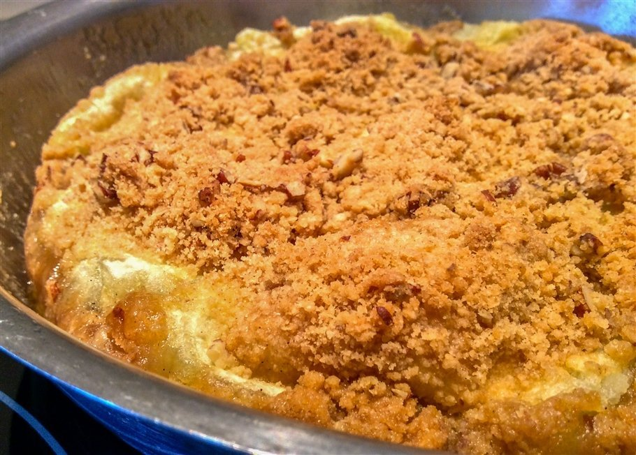 apple crumble- prosecco