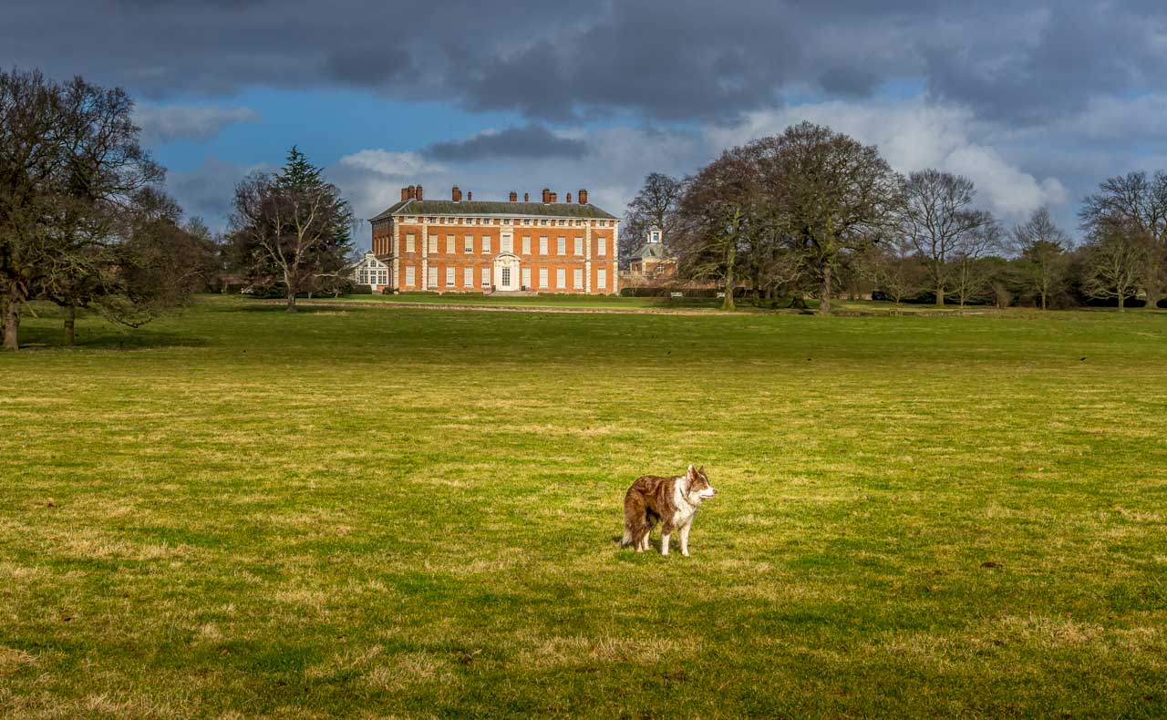 be Views of Beningbrough Hall, Yorkshire