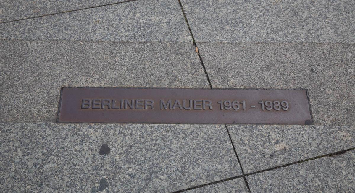 Berlin Minimal – The Berlin Wall 1