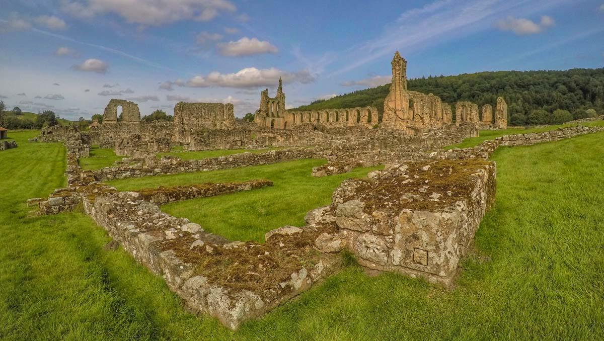Byland Abbey - The 12th Century Cistercian Inspiration 1