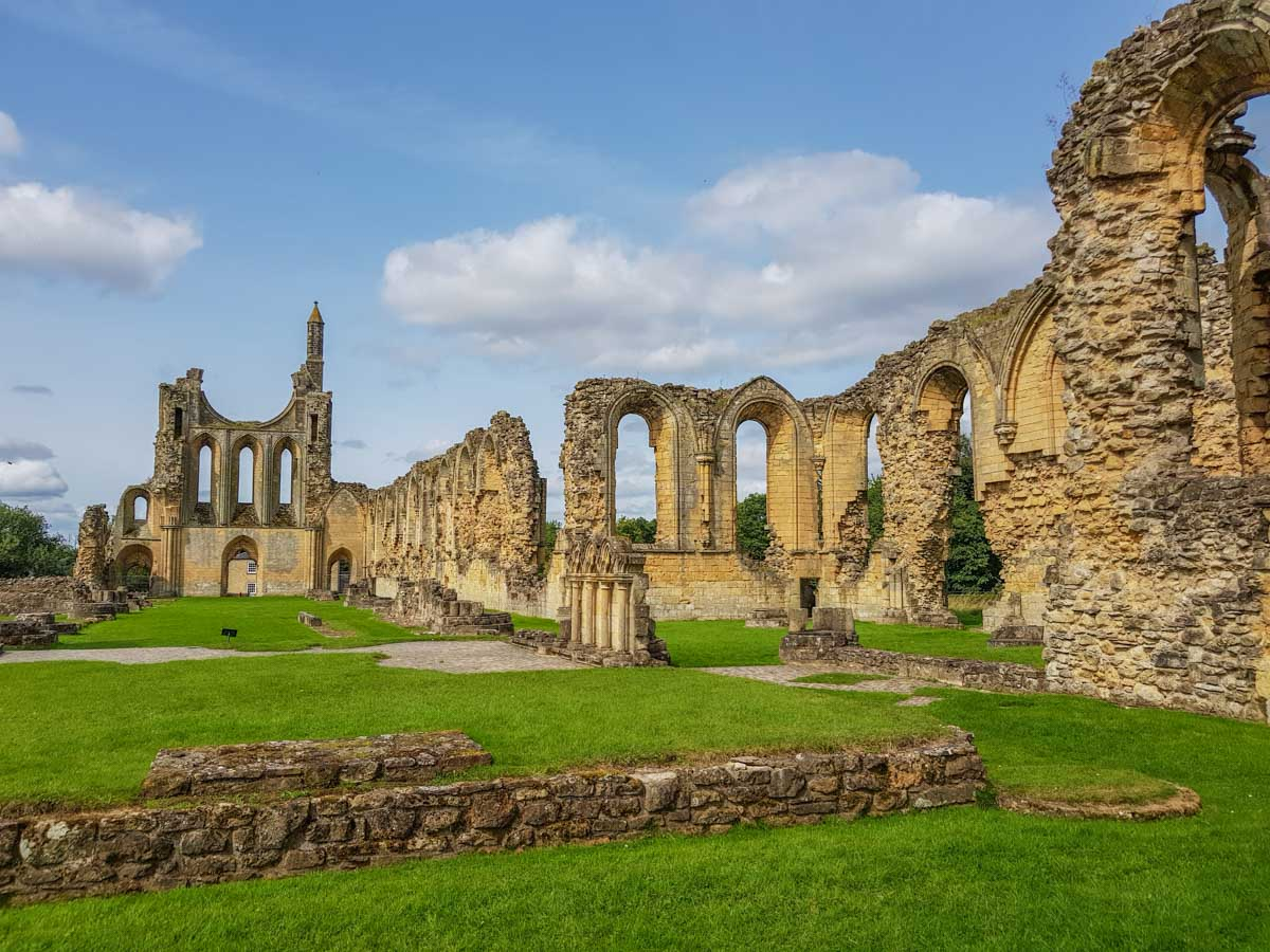 Byland Abbey - The 12th Century Cistercian Inspiration