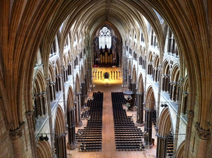 cathedralinside1 Lincoln – A Grand Jewel of Britain