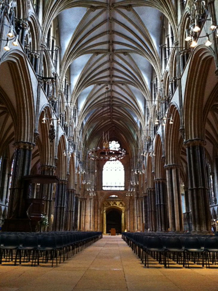 cathedralinside3 Lincoln – A Grand Jewel of Britain