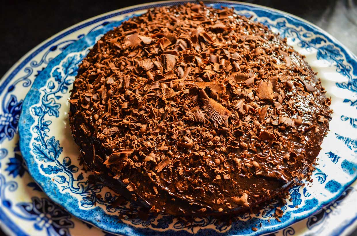 chocolate cake- food
