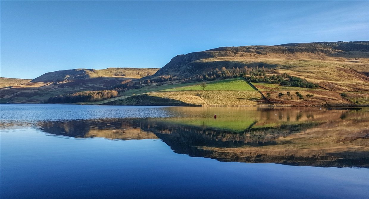 Dove Stone Reservoir - A Saddleworth Gem