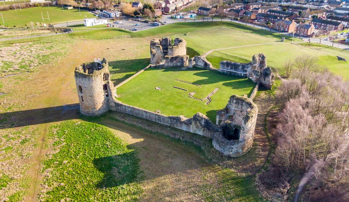 Dee Estuary Walk - flint castle