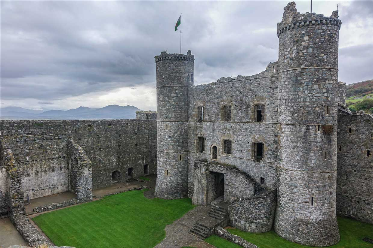 harlech-castle-5-wales Harlech Castle – A Spectacular Welsh Fortress