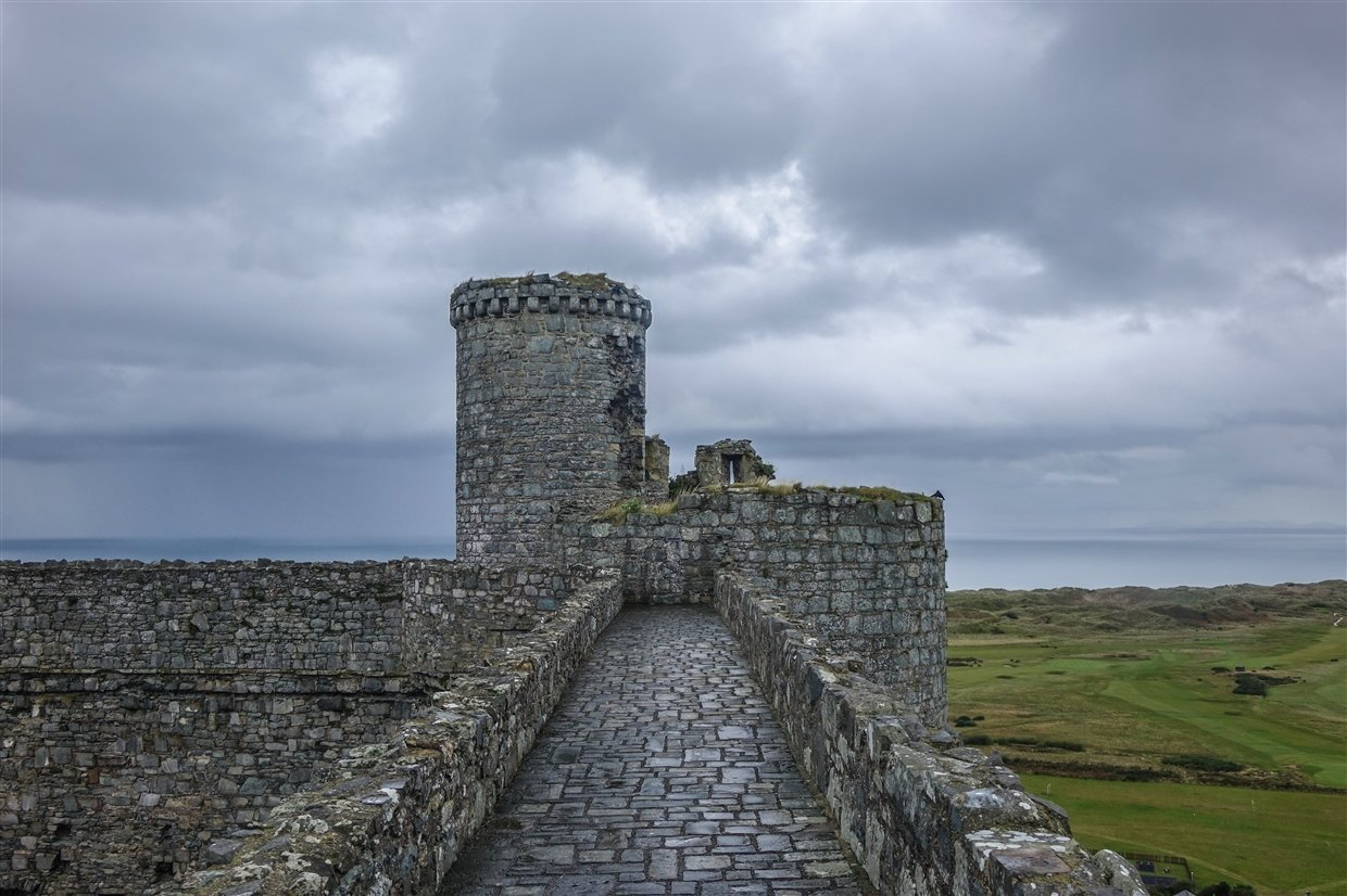 harlech-castle-7-wales Harlech Castle – A Spectacular Welsh Fortress