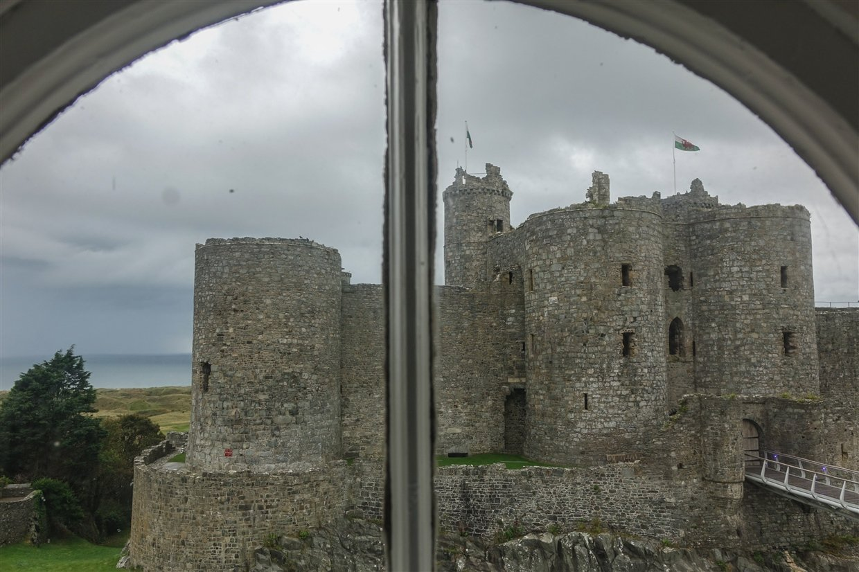harlech-castle-9-wales Harlech Castle – A Spectacular Welsh Fortress