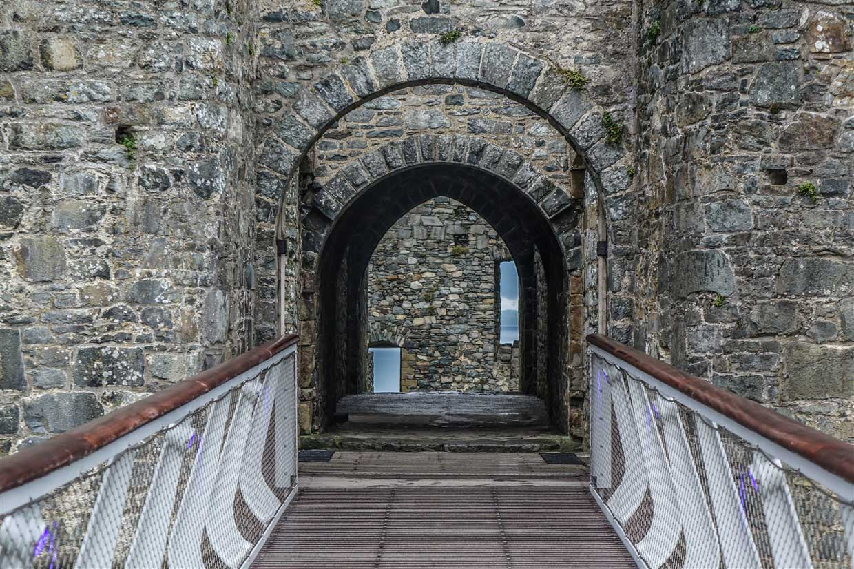 harlech-castle-wales Harlech Castle – A Spectacular Welsh Fortress