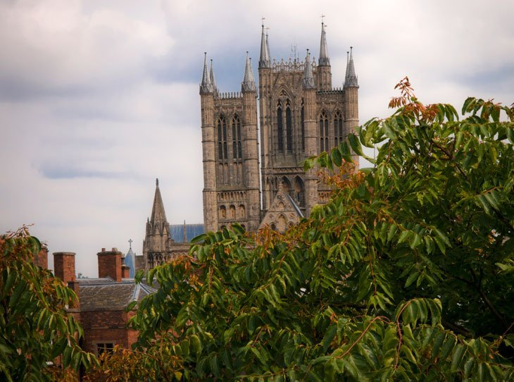 city view of lincoln cathedral
