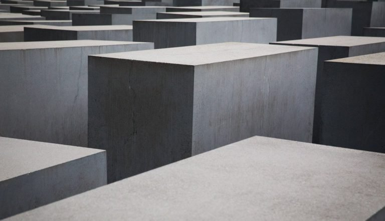 Berlin Minimal – The Memorial to The Murdered Jews of Europe