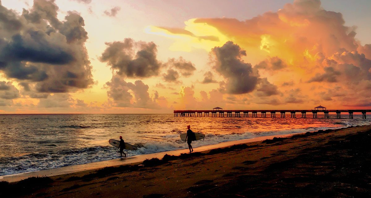 Juno Beach Pier, Florida: Colours and Scenes
