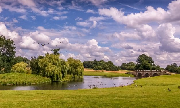 Kedleston Hall – Parkland Walks and Lakeside Views