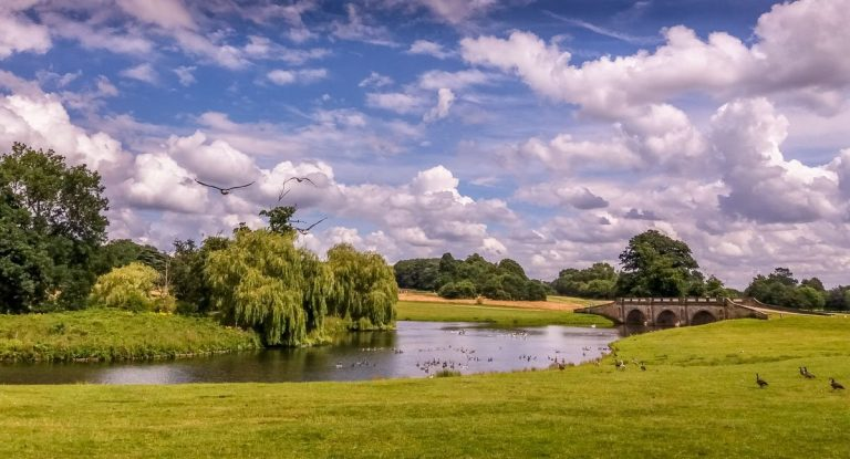 Kedleston Hall – Parkland Walks and Lakeside Views