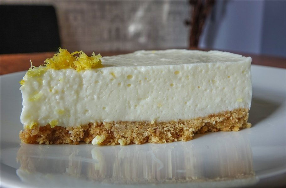 Zingy Lemon Cheesecake