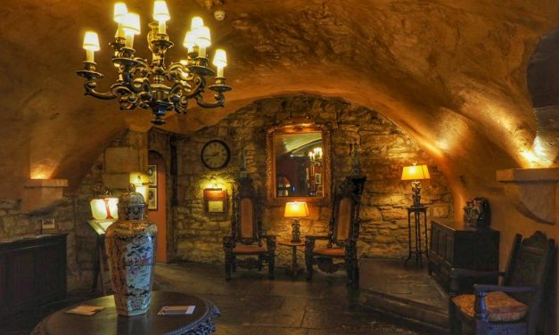 Lumley Castle – A Spontaneous LateRooms Stay