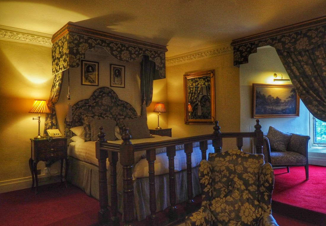 lumley castle room