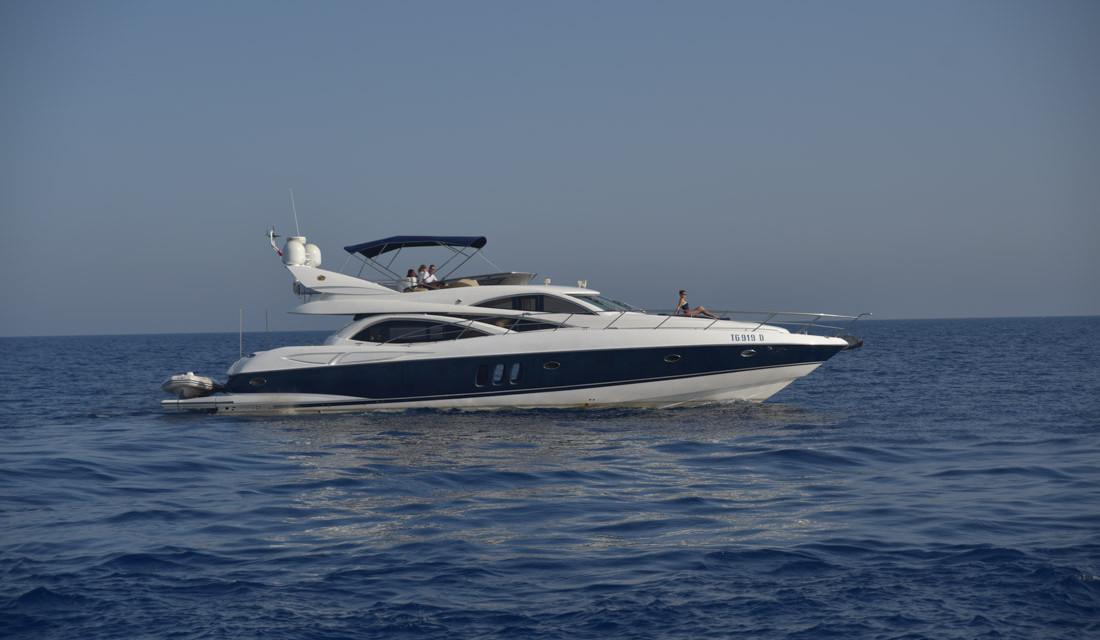 Malta – Azure Ultra Luxury Yacht Experience