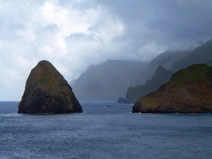 maui-6-186 Molokai – A Mule Down the Cliffs To The Kalaupapa Story