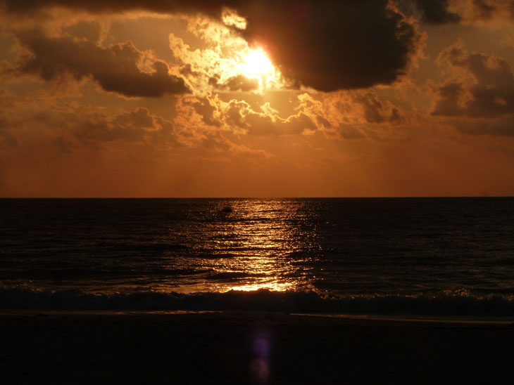 Mexico – A Stunning Sunrise Over The Caribbean Sea