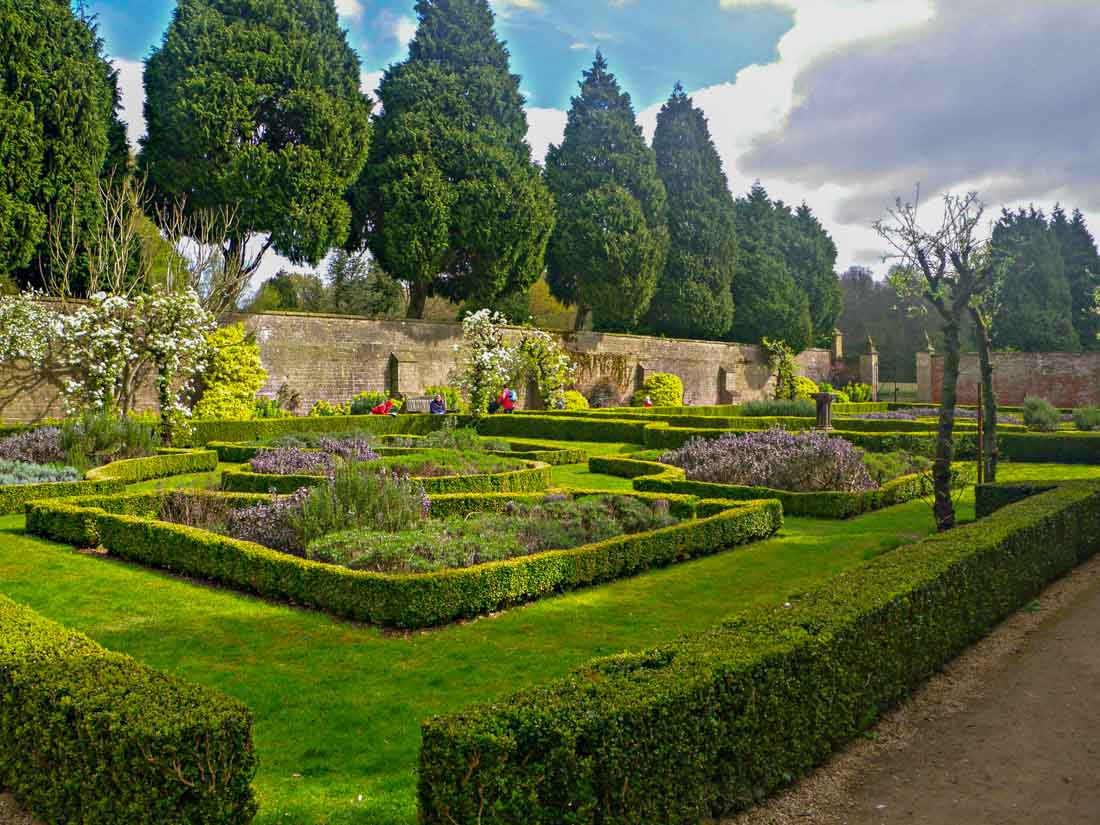 Newstead Abbey – Roving through the gardens in the footsteps of Lord Byron