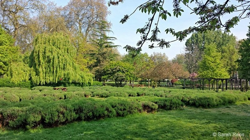 London's Vauxhall Park - a hidden gem
