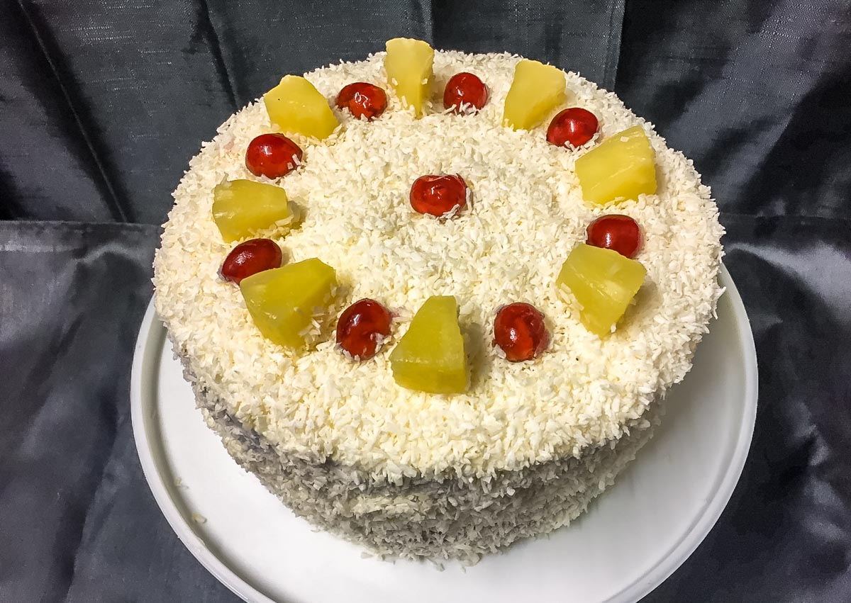 pina-colada-food-2441 Boozy Pina Colada Cake