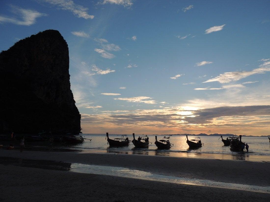 railay-sunset-8 Watching Sunset on Railay Beach, Thailand