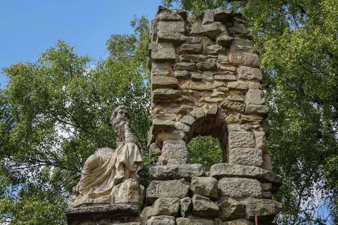shugborough-gardens-3 Shugborough Hall - Walk The Gardens and Monuments