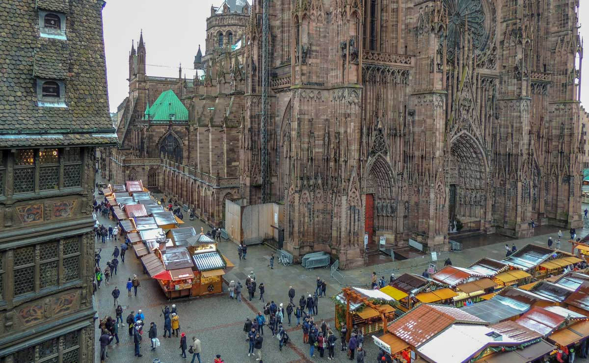 strasbourg-Cathedral-and-market-stalls A Magical Christmas in Strasbourg