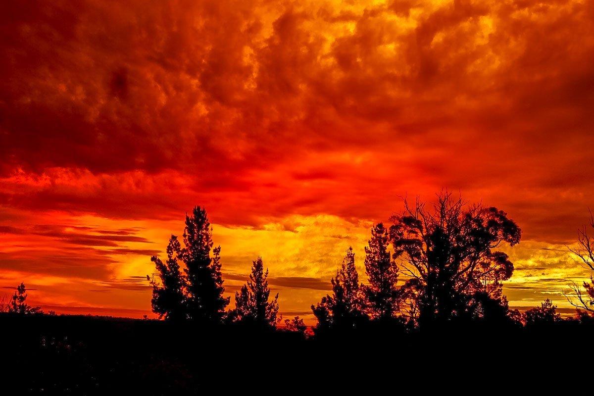 sunset4 Australian Summer Sunsets on Tugalong Road