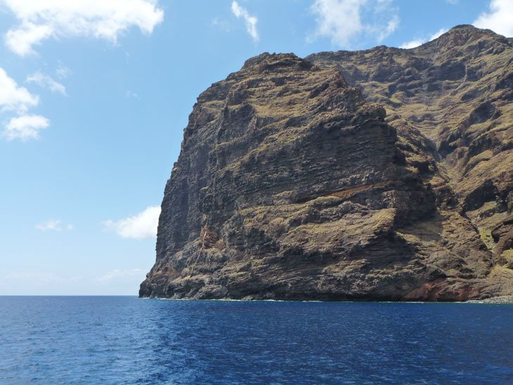 Tenerife – Out By Boat For Cliffs and Dolphins