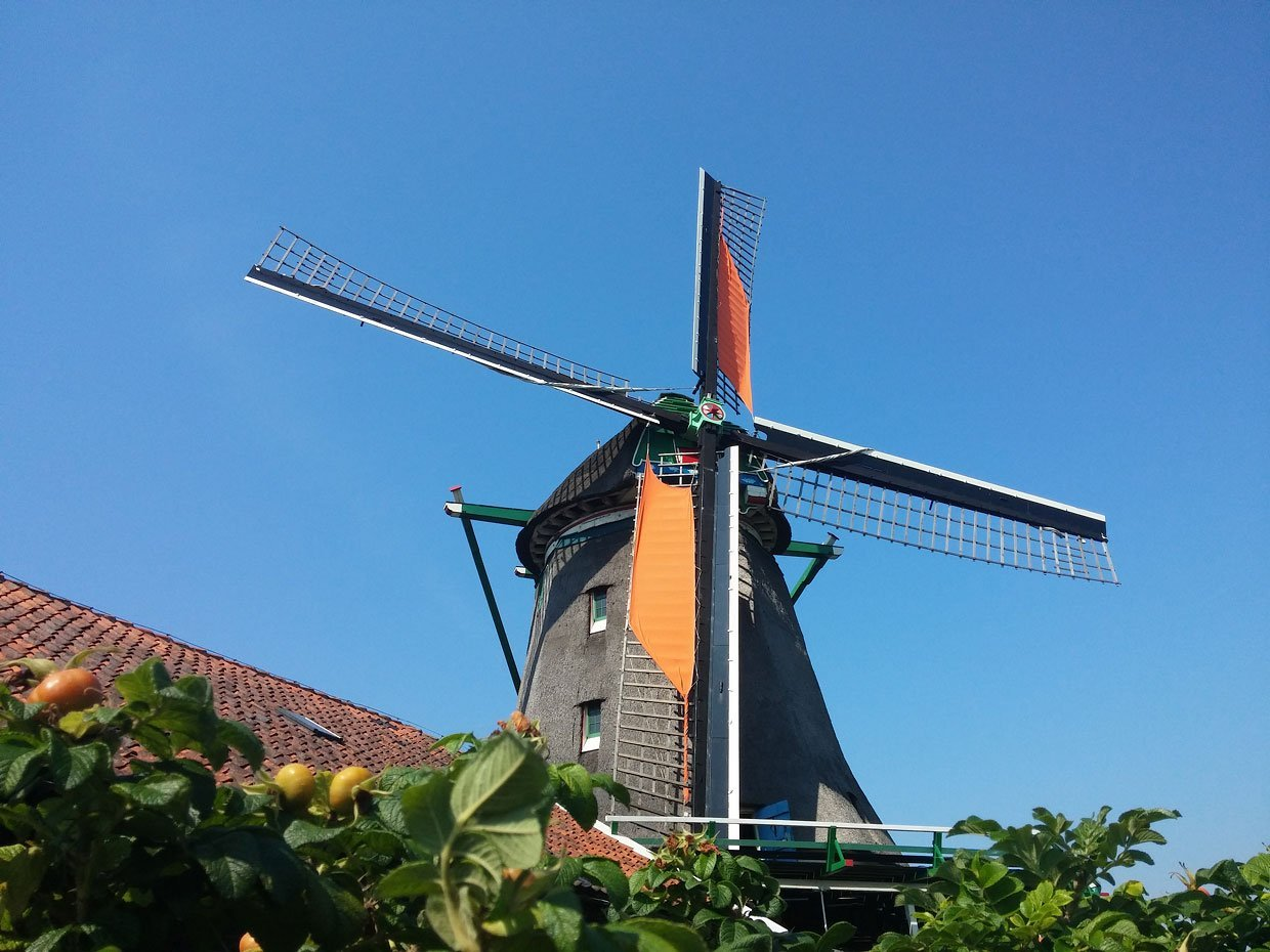 windmill-de-zoeker-20150823_122922 The Windmills of the Zaanse Schans